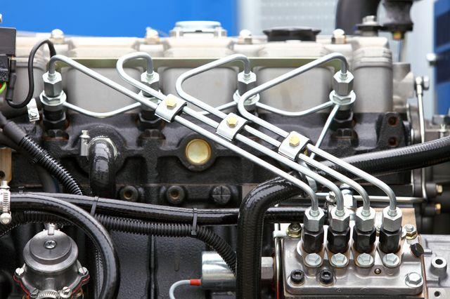 Топливные форсунки дизельного двигателя